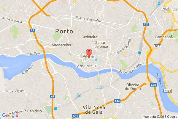 Secretos de Oporto en tuktuk y teleférico,Torre dos Clérigos, Rua Senhor Filipe de Nery